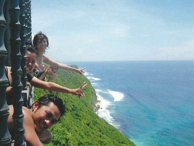 沖縄県那覇市有限会社ドリームエントランスの求人、仕事紹介サイトの海外研修(シンガポール)画像9です。